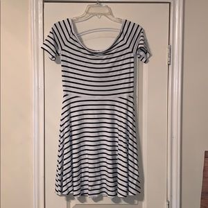 ❤️White House Black Market Striped Dress